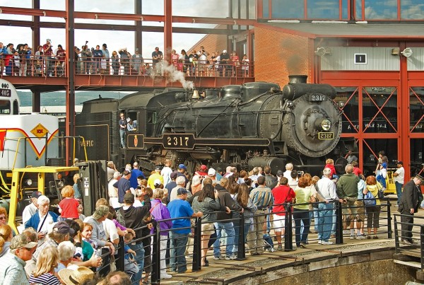 Huge Crowd at Steamtown